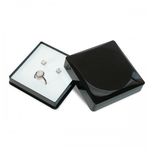Europa Jewellery Box, Earrings and Necklace