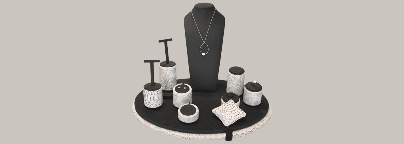 Stands Sferic for jewellery