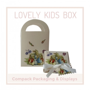 Kids Jewels always mean celebrations, feelings, emotions and they need a packaging that expresses all these emotions. . . #compackpackaging #compackkidsboxes #compackestuches #estuchesjoyeria #estuchesjoyeriainfantiles #jewlrykidsboxes #jewelryboxes #kidspackaging #kidsboxes