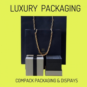 Stylish packaging perfect for  the more exclusive Jewelry: . . #compackpackaging  #excluxivepieces  #exclusivebox  #jewelryboxes #estuchesjoyeria #etuibijoux #astuccigioelli #schmucketui