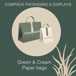 Combine your paper bags with your boxes and business image. It is always a safe bet. .. . #compackpaperbags #jewelrypaperbags #bolsaspapeljoyeria
