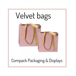 Find your matching bag with your boxes. . . #jewelerypaperbags #compackbolsaspapel #bolsaspapeljoyeria #compackpackaging