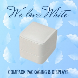 We love white color! Our Berlin collection is a very complit collection with many sizes and inserts available that it will enhance all your jewelry. . . #compackpackaging #compackberlincollection #jewelryboxes #jewelrypackaging #estuchesjoyeria #whitelovers
