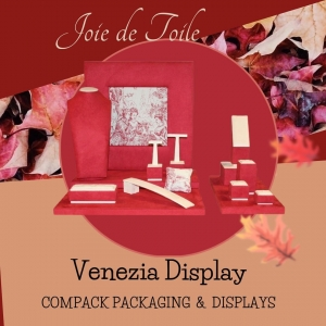Venezia display ready for this winter, the Joie de Toile is an elegant print that you can customize all your image. . . . #compackpackaging #compackdisplays  #compackcustomize  #compackjoiedetoile